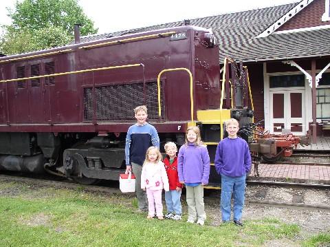 Train Kiddos