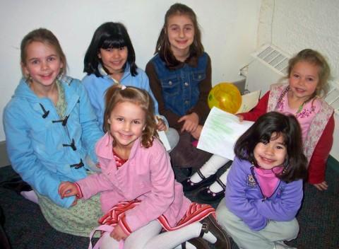 Jaalah, Elizabeth, Emma, Sarah, Tarah and Caedie