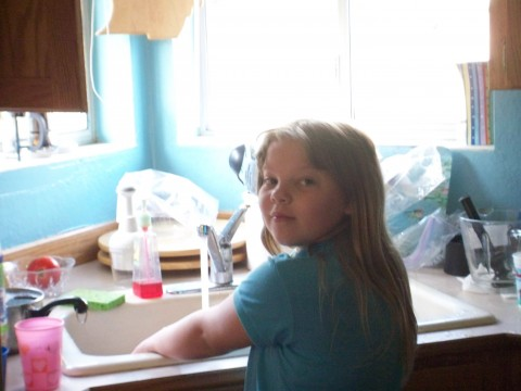 rachel's doing the dishes