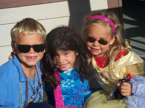 david, tarah and sarah out on the town